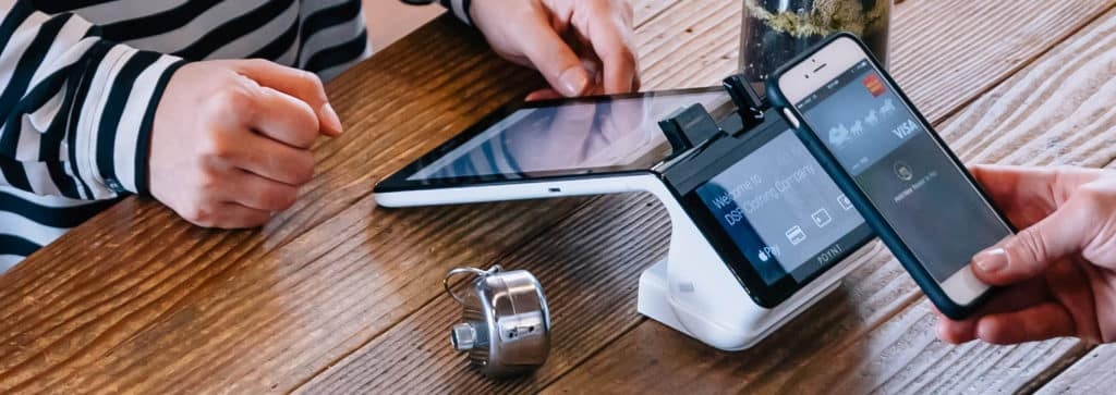 poynt-smart-terminal-smartphone-nfc-payments